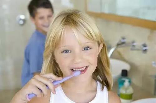 стоматолог в Киеве